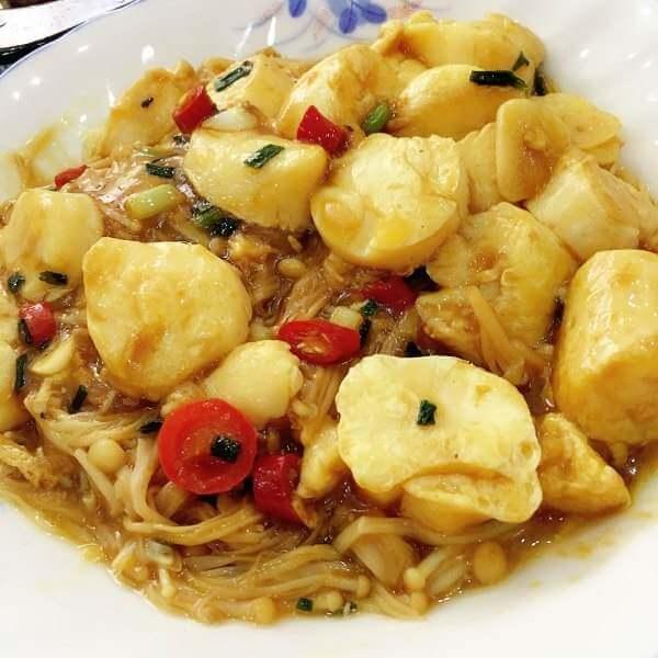 好吃的豆腐燒金針菇