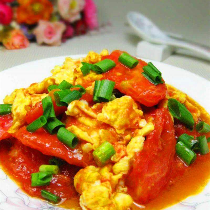 美味的西红柿鸡蛋摆盘