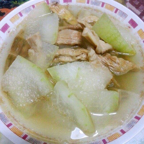 美味的油皮冬瓜汤
