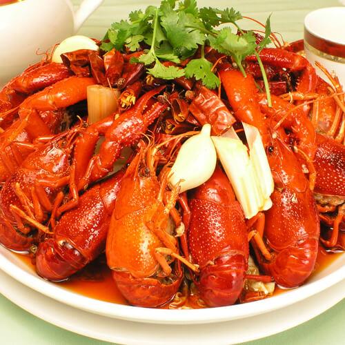 美味蒜香小龙虾