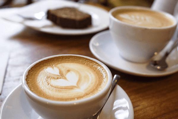 小地方开咖啡店赚钱吗
