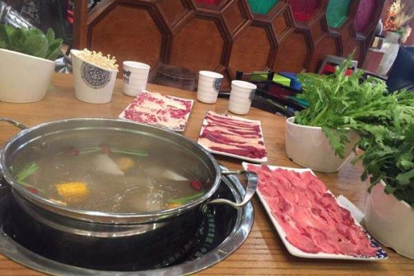 牛满汕鲜牛肉火锅加盟条件