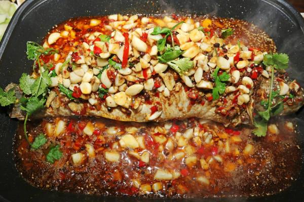 阿罗泰炭炉烤鱼品牌介绍