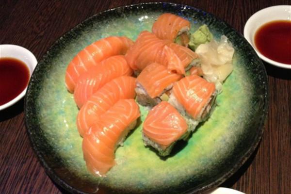 大板の寿司加盟支持