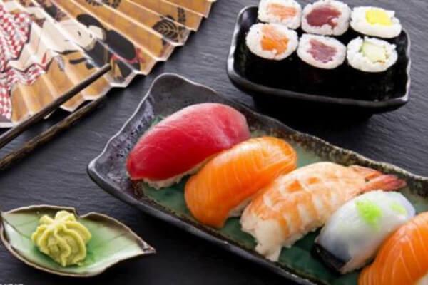 何厨木易寿司加盟优势