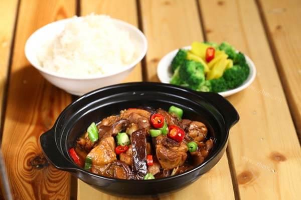 彭德楷黄焖鸡米饭加盟条件