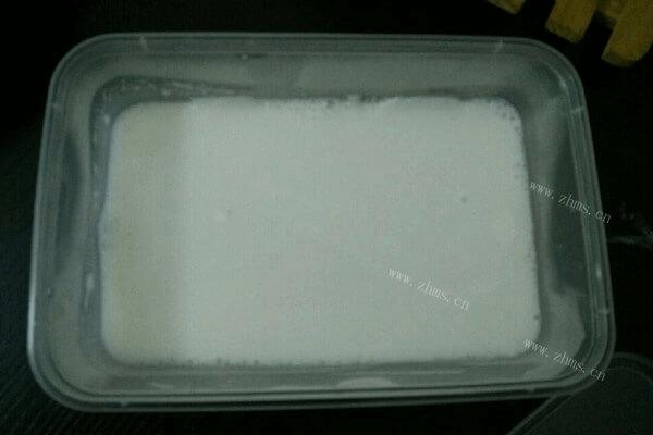 有特色的千层椰汁桂花糕,就等你来品尝!第四步