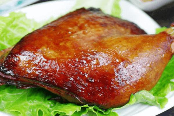 香酥的脆皮烤鸭吃过不能忘,回味无穷第五步