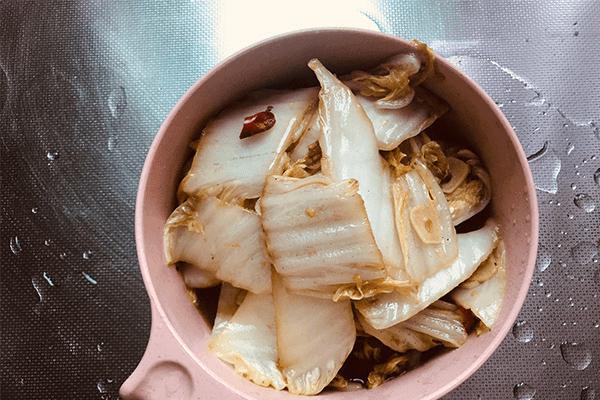 必学的酸酸开胃菜:醋溜白菜第七步