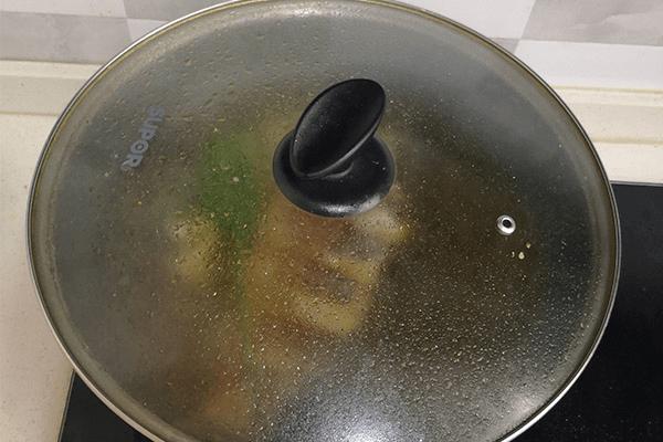 營養不失美味的鯽魚豆腐湯第六步