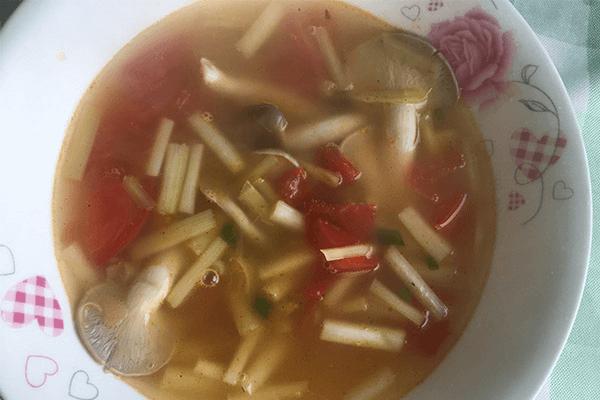 鲜到爆炸的蘑菇汤,学起来做给自己喝第七步