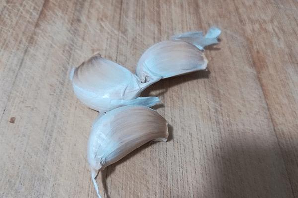 蒜蓉西蘭花,讓涼拌代替水煮第三步