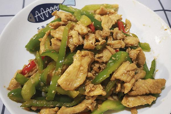 必学的家常小菜:青椒肉丝第七步