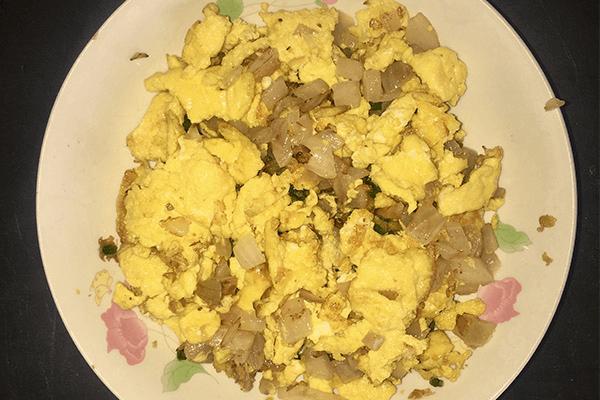 雞蛋的花式吃法——洋蔥炒雞蛋第九步