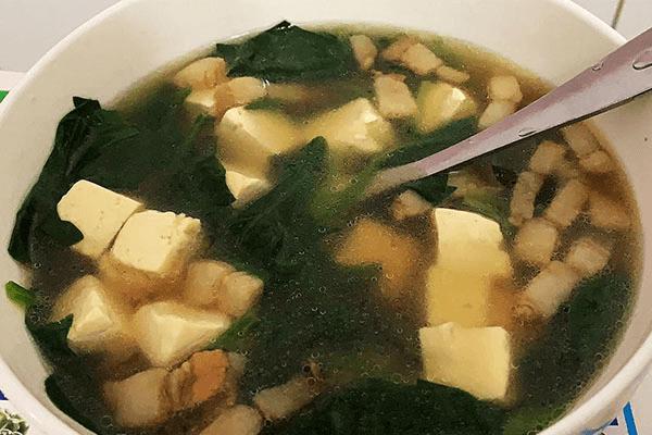 菠菜豆腐汤这样做,还怕没胃口吃饭吗第七步