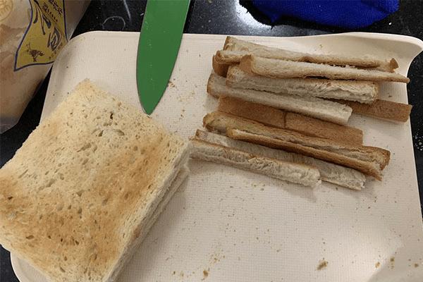自制三明治,五分钟解决你的早餐问题第一步