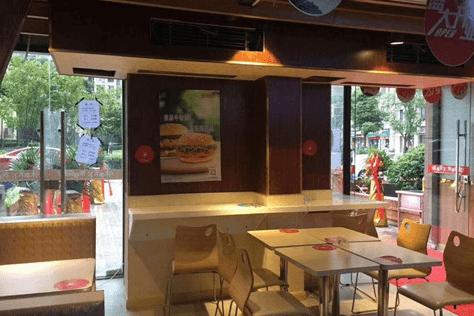 接手轉讓店被坑十萬!漢堡加盟還是要找專業的快樂星漢堡品牌!