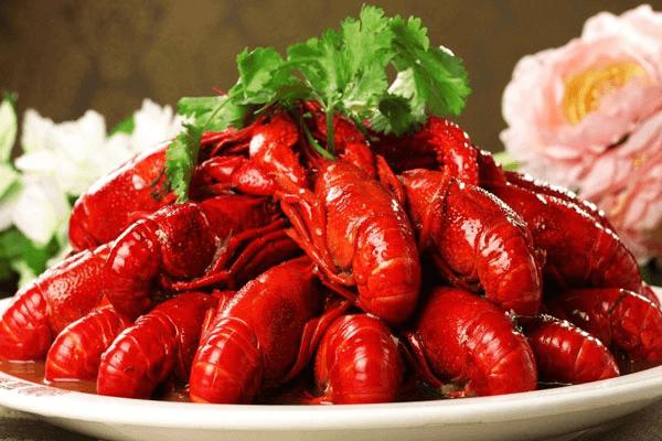 皇仕虾皇小龙虾:教你辨别新鲜健康有品质的小龙虾的方法