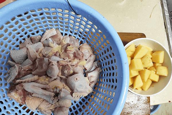 家常版大盤雞做法來襲,再也不怕沒有拿手好菜鎮場面了!第三步