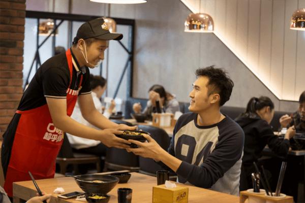 独家探访孙大力骨汤麻辣烫:不拘泥固有菜系和传统,大胆创新征服食客味蕾