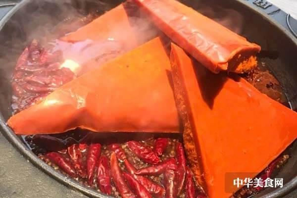 在县城开一个火锅店要多少钱