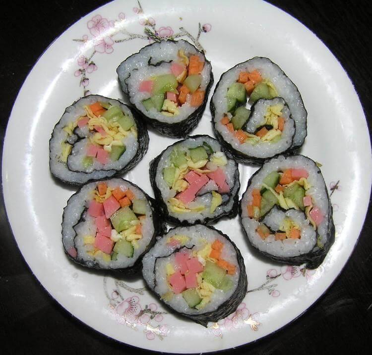 吉啦啦回转寿司图2