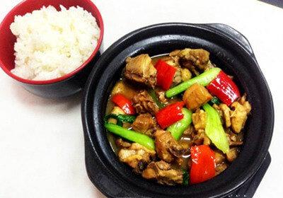 魏小宝黄焖鸡米饭图1