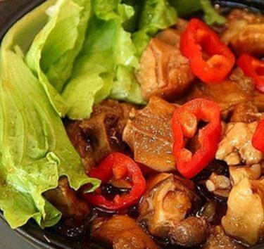 吴妍黄焖鸡米饭