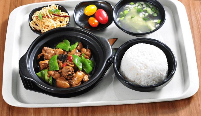 蒸佰惠黄焖鸡米饭品牌介绍图2
