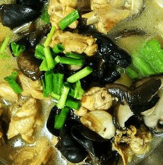 戴南黄焖鸡米饭