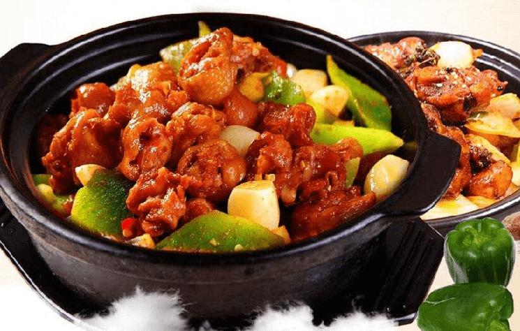 巴城黄焖鸡米饭品牌介绍图2