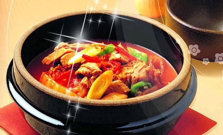 鲁香源黄焖鸡米饭品牌介绍图2
