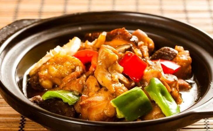 益品香黄焖鸡米饭品牌介绍图2