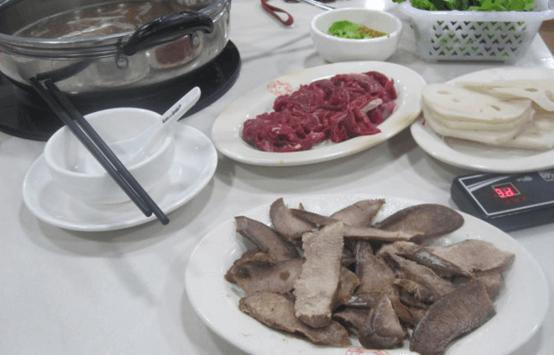 粤潮牛肉火锅店图2