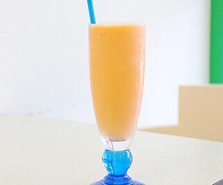 阿文木瓜牛奶图1