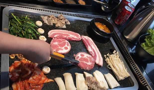 猪的故事石板烤肉图1