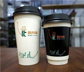 板凳猫跑咖咖啡店图3