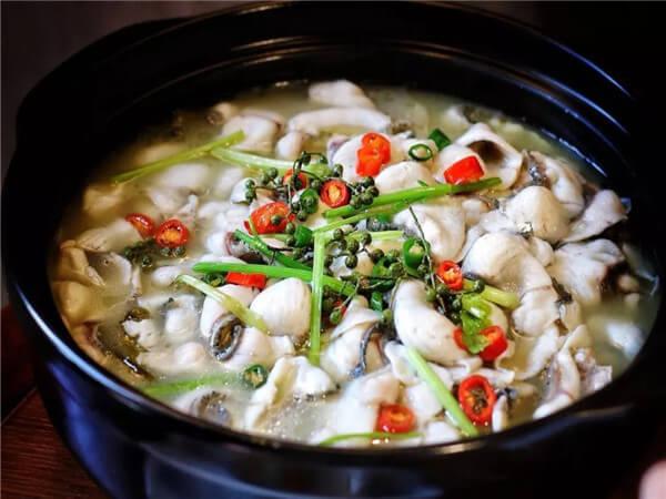 鱼塘酸菜鱼火锅图3