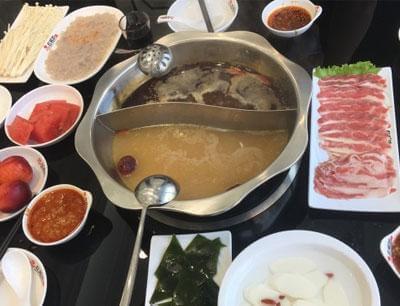 红菇坊火锅图2
