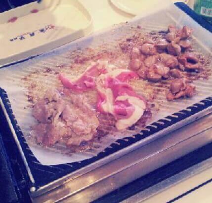 金真子纸上烤肉