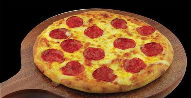 比萨熊披萨品牌介绍图1