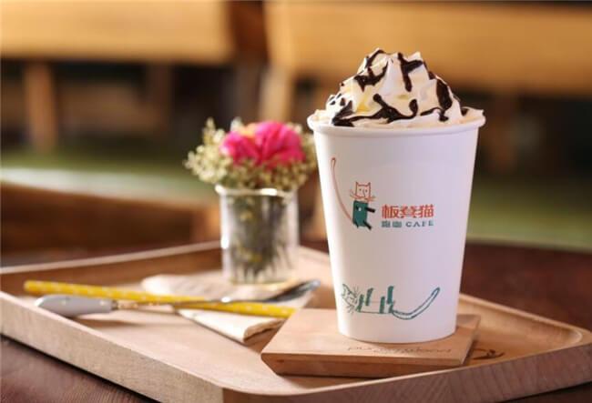 板凳猫跑咖咖啡店加盟优势