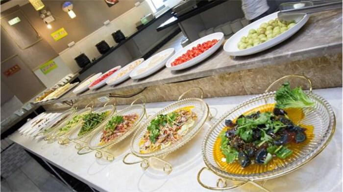 金聚缘涮烤自助餐厅品牌介绍图2