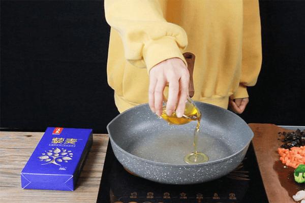 轻食藜麦虾仁饭,保持维密身材不需要理由!第四步