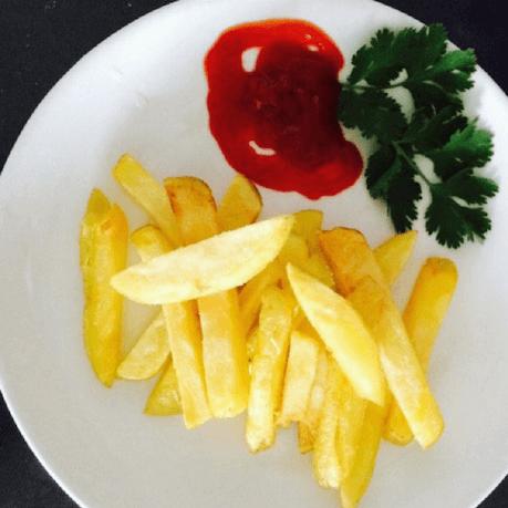 自制薯條(味道絕對比得上麥當勞的薯條)