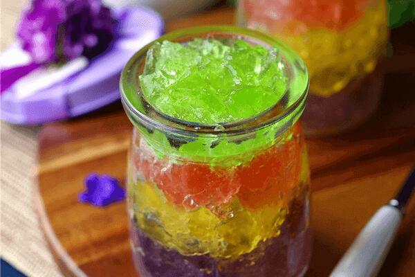家常版彩虹果冻怎么做好吃又简单,学会这技巧,开店火一家