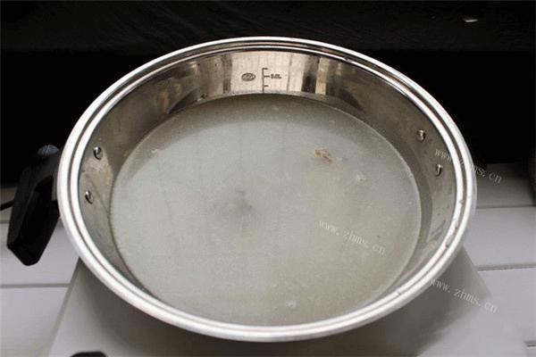 学会美味汤锅的做法,不出门就能吃到热气腾腾的汤锅第一步