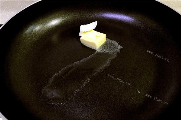 地道的法国菜——奶油蘑菇汤,汤汁超级浓郁第四步