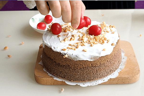紫米蛋糕做法简单又好吃第六步