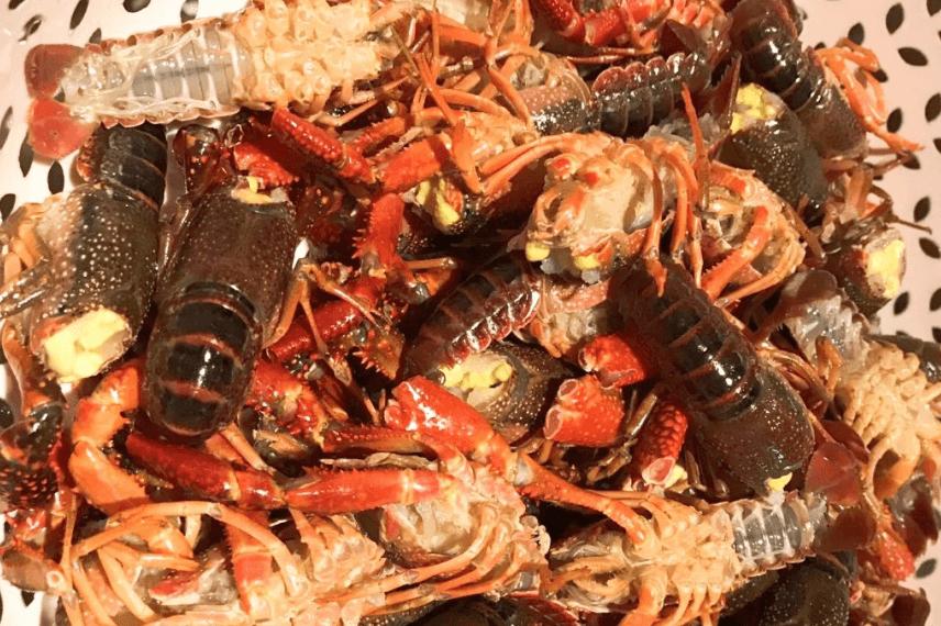 在家就能做的超好吃香辣小龙虾,夏日宵夜档必备第一步